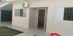 Casa à venda no bairro Universitários em Engenheiro Coelho